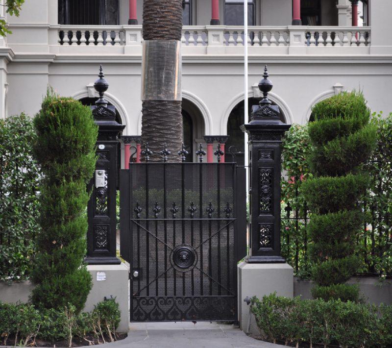 wrought-iron-door-eleganceiniron
